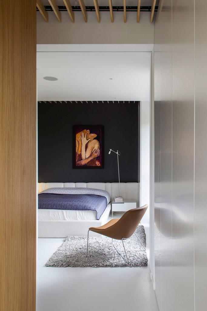 применение наливного пола в спальне
